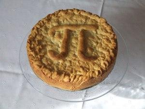 Apple_pie_Pi_Day_-web